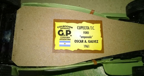 cupecita tc  empanada  ford 1961 oscar galvez 1/24 artesanal