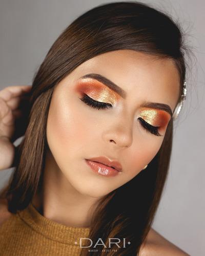 curso de automaquillaje  y maquillaje profesional con modelo
