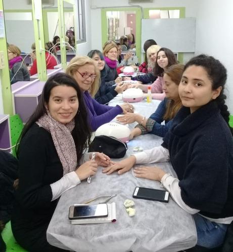 curso de manicuria esmaltado semipermanente
