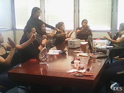 curso de maquillaje profesional incluye aval universitario