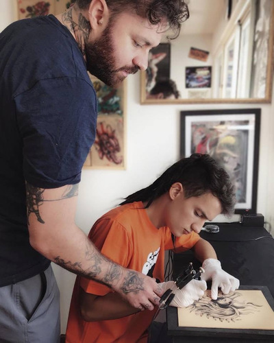 curso de tatuajes artisticos-tattoo-tatuar.