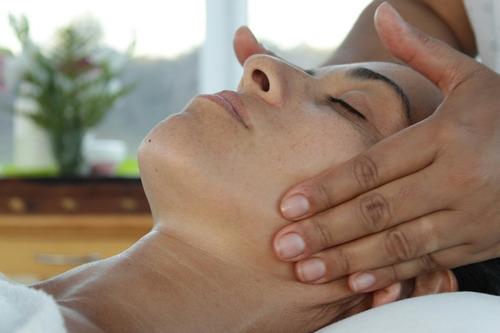 cursos intensivos de masajes terapéuticos y estéticos