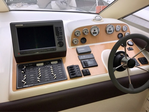 custom 38 mod.2012 (2)volvo d4 300hp l/eje 250 hr full equip