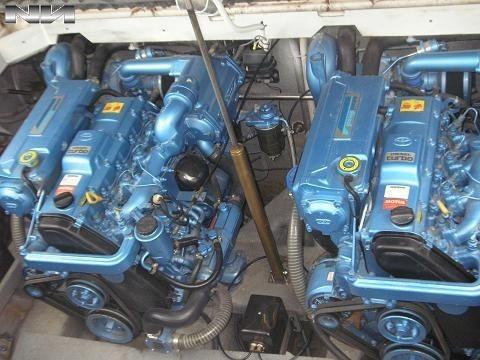 custon 35 con motor nanni de 200 hp