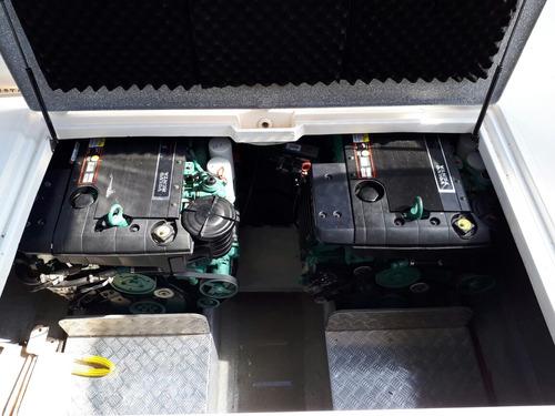 custon 38, 2 volvo 260 hp, con 180 hs, equipo full