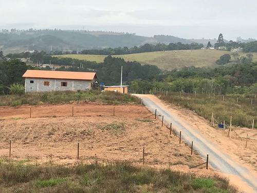 d terreno pronto p construir documentação ok  prox do asfalt