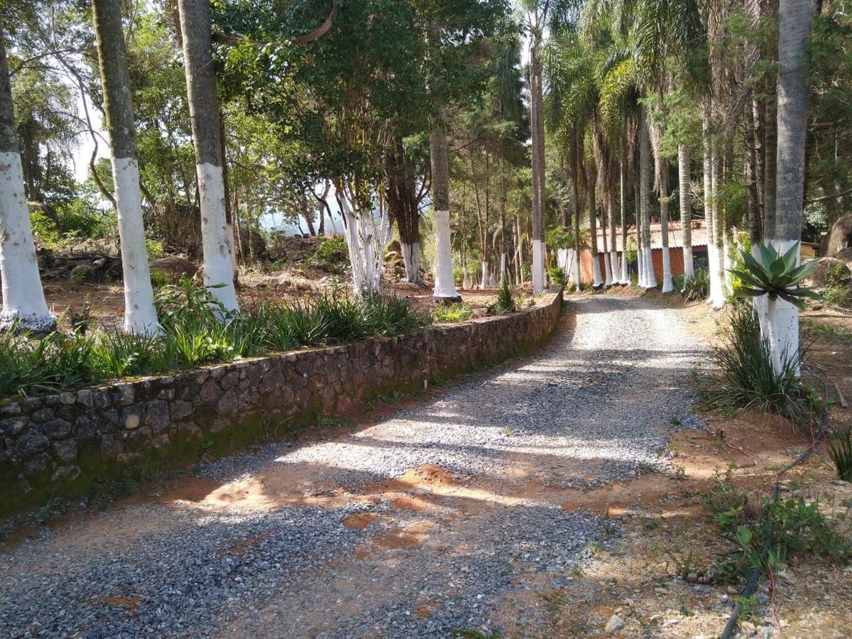 d terrenos em ibiuna cercado pela natureza de 1000m²