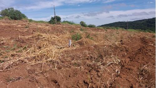 d terrenos em ibiuna com agua  proximo da represa 1000m²