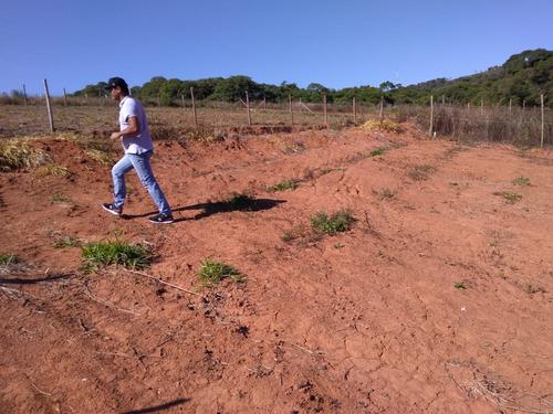 d terrenos plainos com pesqueiro trilha para caminhada !