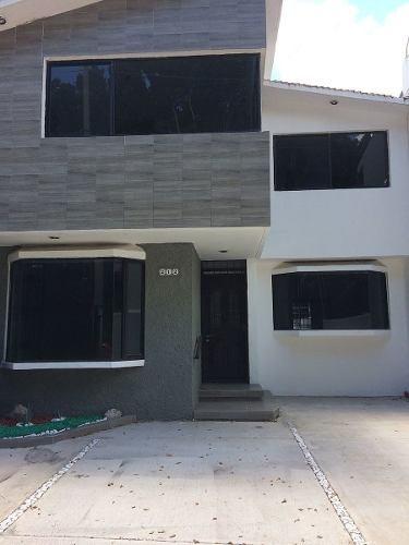 d* venta de casa preciosa en tejeda 2 plantas 3 recámaras jardín