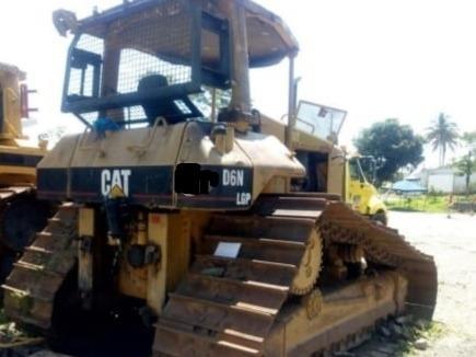 d6d y d5n bulldozer buldocer buldoser buldoxer tractor oruga