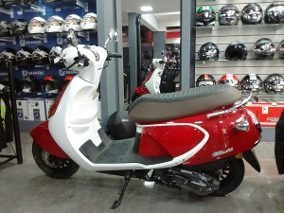daelim besbi 125 motoneta scooter