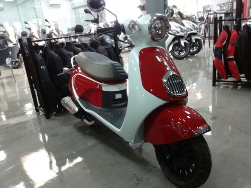 daelim besbi  125cc negro the scooter market sauma motos