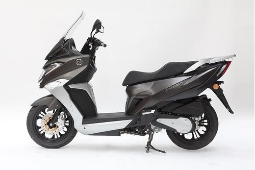 daelim steezer piso plano 125cc 0km modelo 2018 - rvm