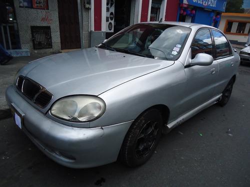 daewoo lanos 2001 5 puertas