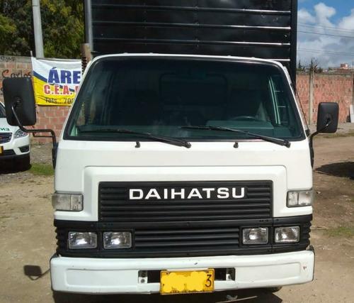 daihatsu delta 1996