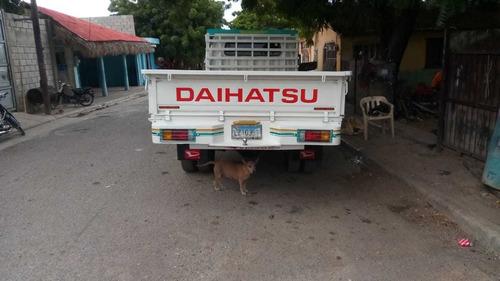 daihatsu delta año 2006 excelentes condiciones.
