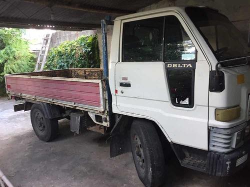 daihatsu delta rueda simple
