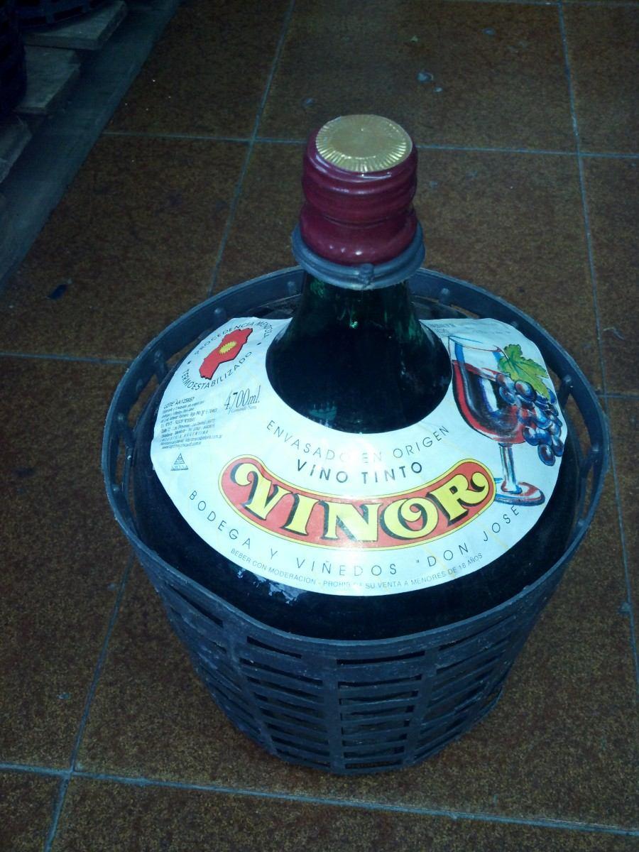 damajuana vinor vino tinto. Cargando zoom.