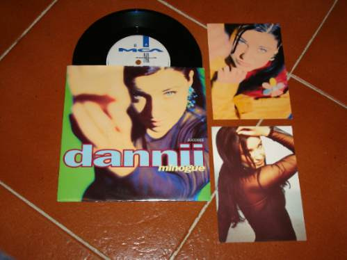 danni minogue success vinil 7  + postales uk !!!