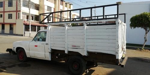 datsun y ford currie camionetas  de carga de carga