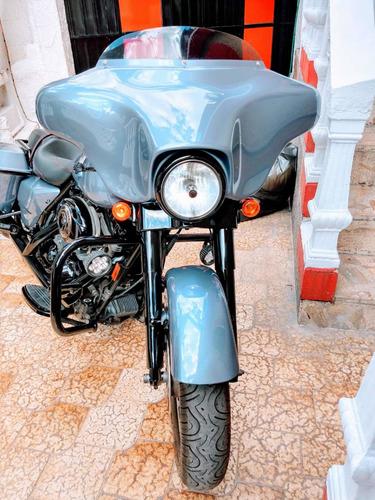 davidson street glide moto harley