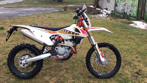days ktm motos exc 250 six