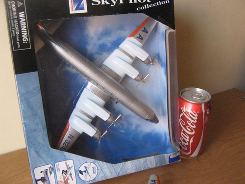 dc-7 douglas american airlines, esc. 1:130, marca new ray