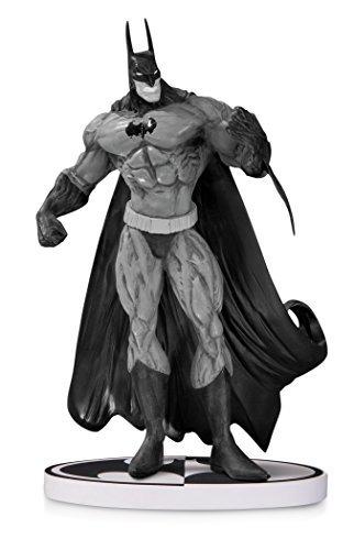 dc collectibles batman negro blanco batman por simon bisley