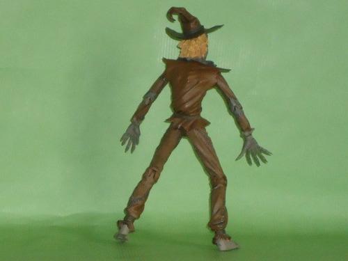 dc direct - figura scarecrow 2005 - espantapajaro - batman -
