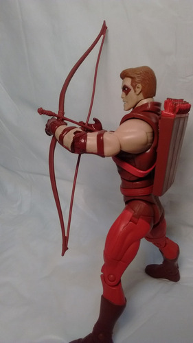dc universe classic - red arrow !
