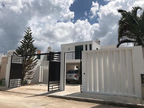 ¡de oportunidad! hermosa casa de dos plantas en conkal