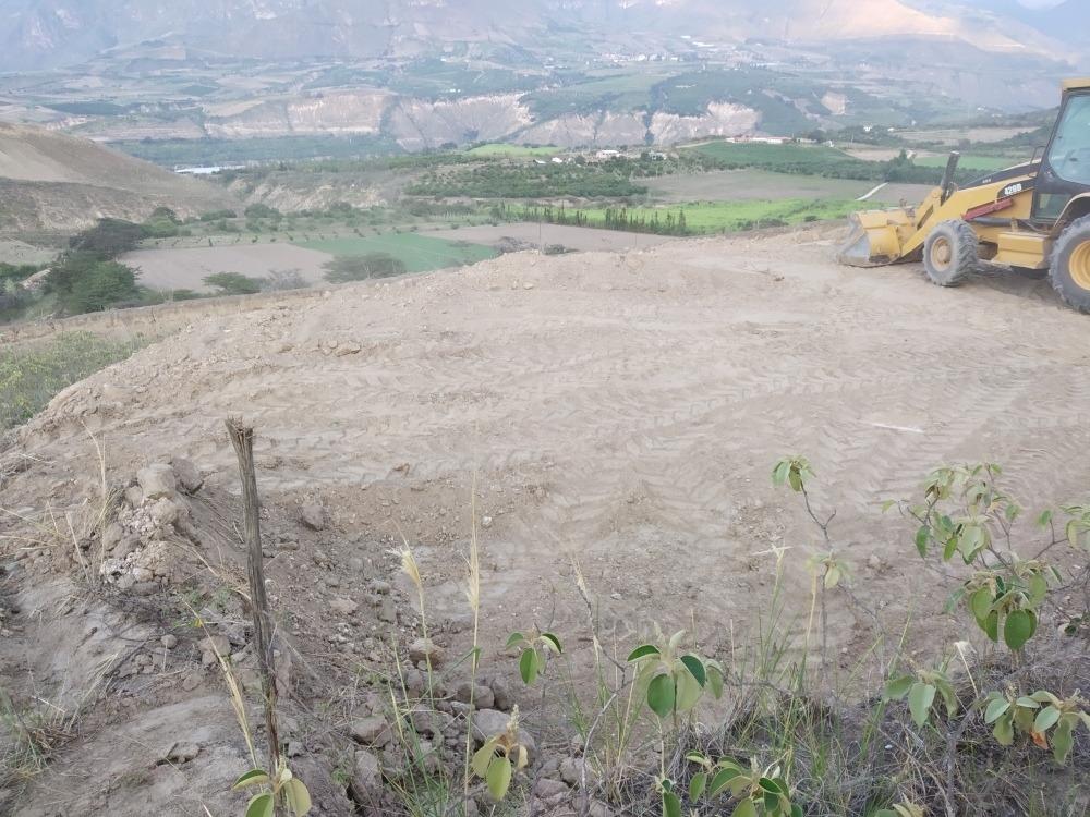 de oportunidad vendo lote de terreno de 250m2  pimampiro - c