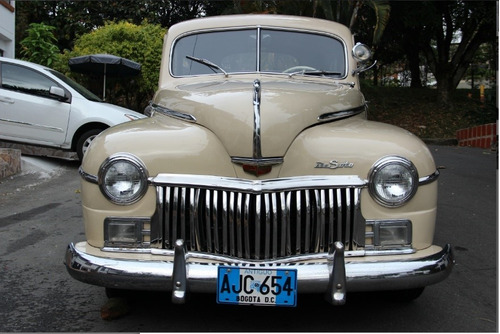 de soto custom 1948 99% original, placas azules