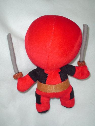 deadpool muñeco de peluche nuevo 32 alto de marvel y x-men