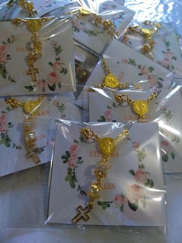 decenarios dorados de cristal transparente y perla.