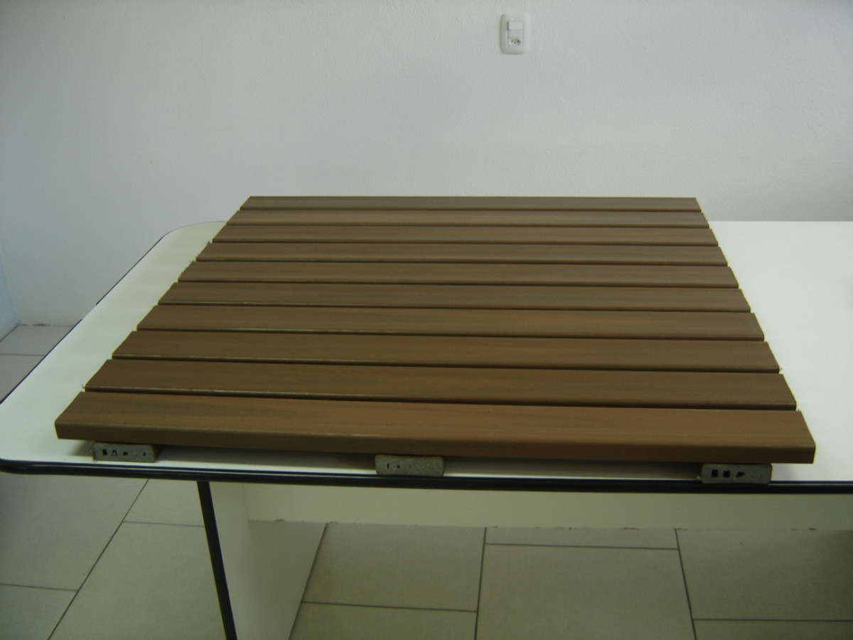 Deck Madeira Pl 225 Stica Modular 1m X 1m R 250 00 Em