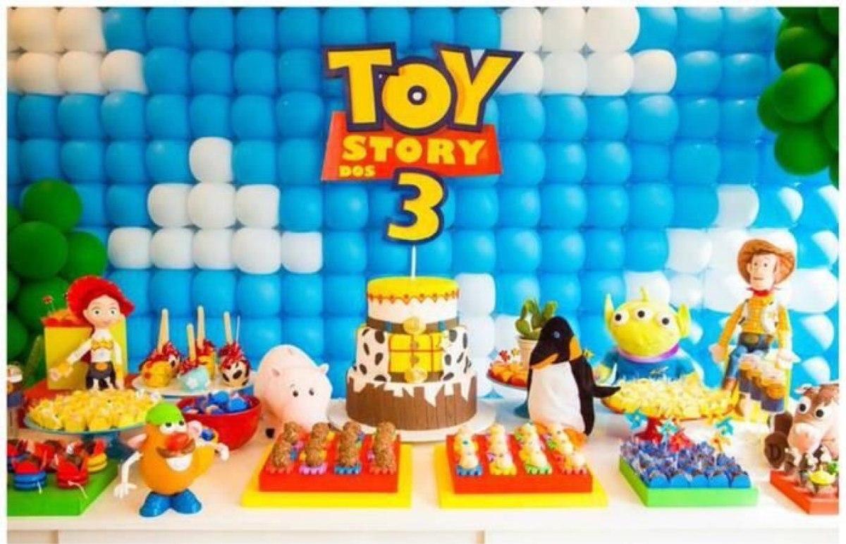Decoraci n con globos en la pared 2 en mercado for Donde comprar globos