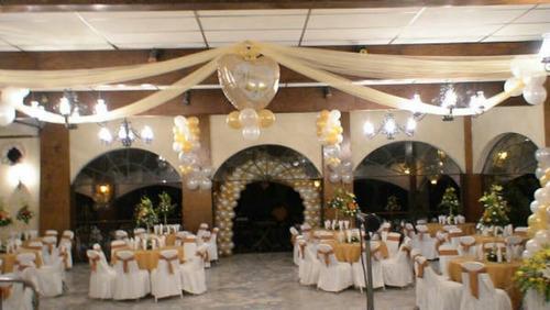 decoración con globos, mesa de dulces,cumpleaños xv años bau
