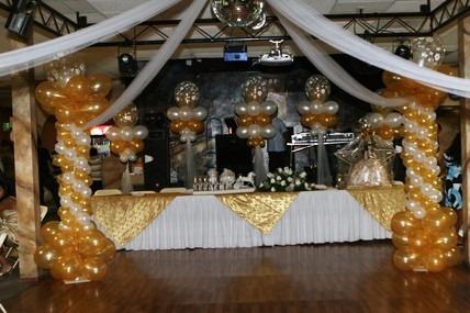 Decoracion con globos paq completo desde mil en for Ornamentacion para fiesta de 15