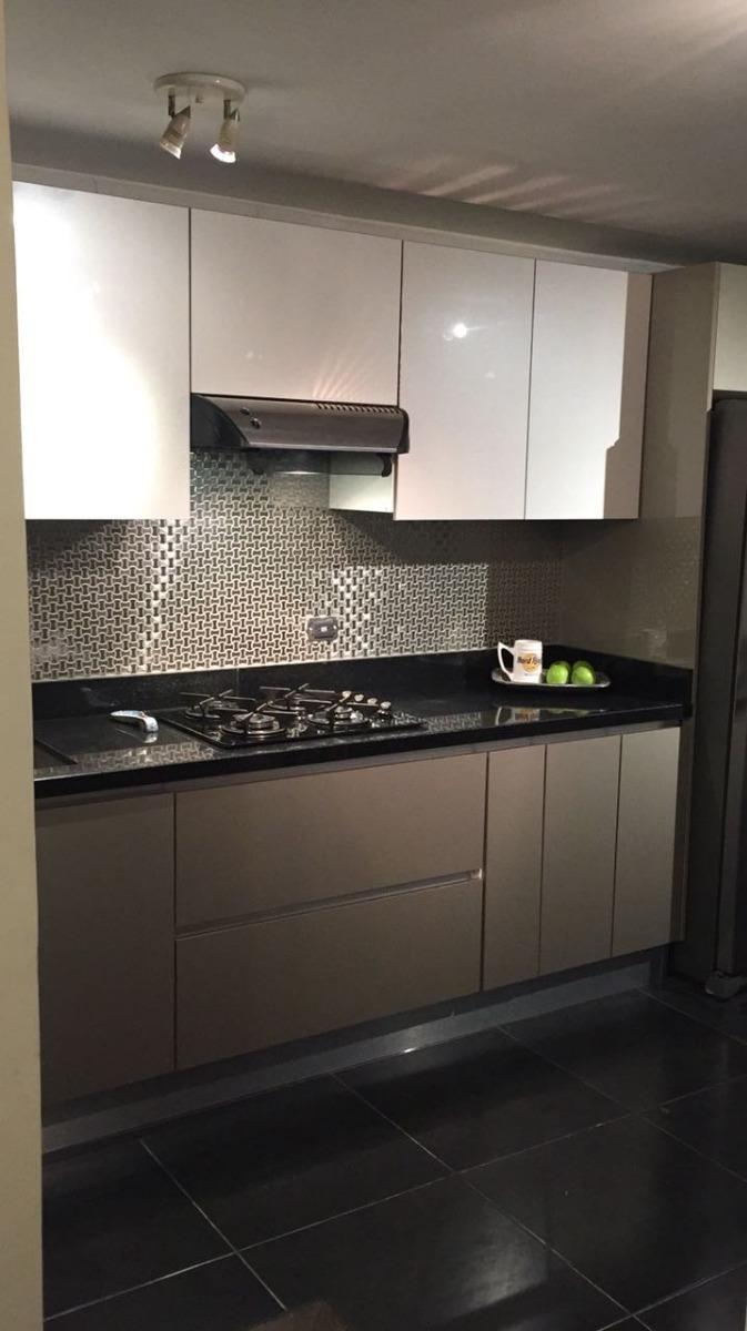 Decoracion de cocinas integrales en acero precio por m2 for Precios de cocinas modernas