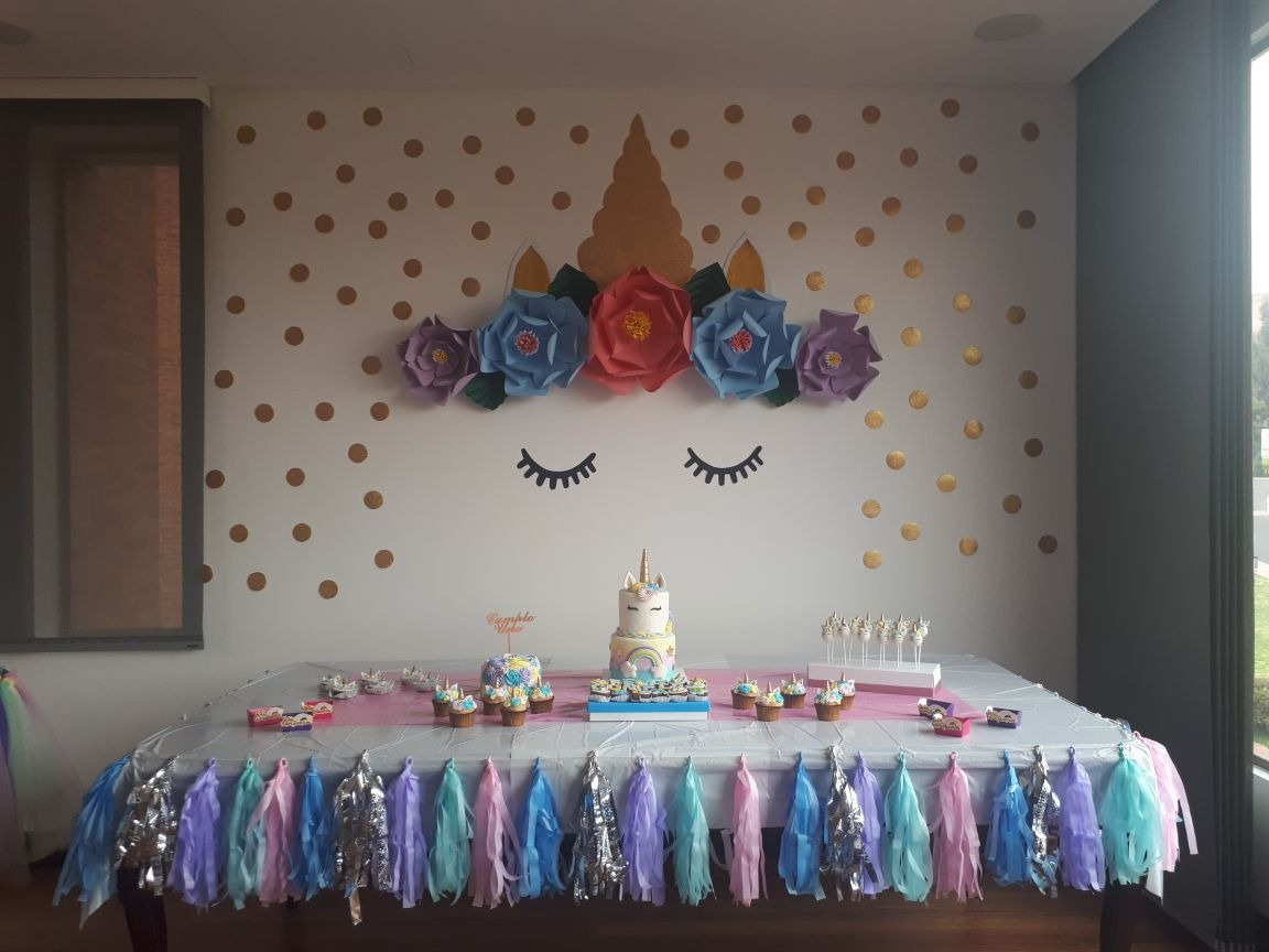 Decoracion fiesta tematica unicornio en for Decoracion para pared unicornio