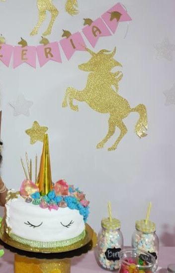 Decoracion fondo de mesa backdrop unicornio corona for Diseno de mesa de unicornio