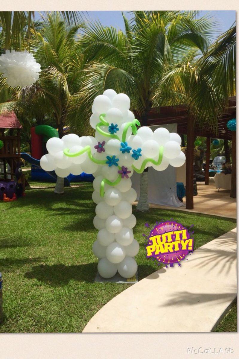 Decoraci n globos bautizo o primera comuni n 1 for Decoracion para pared con globos