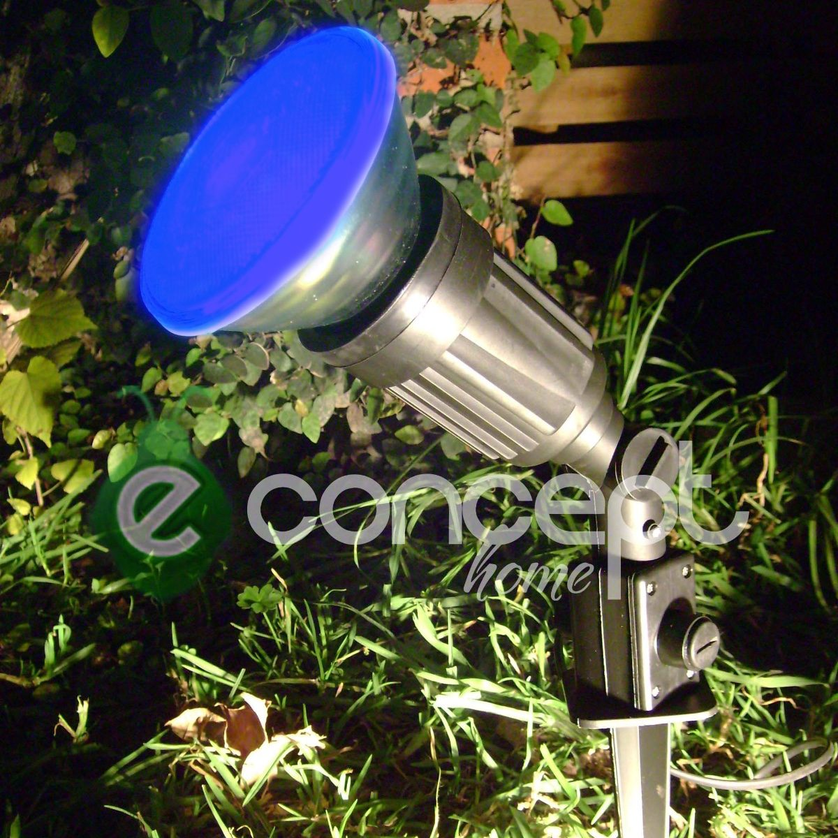 Luces para el jardin luces para iluminar momentos jardn for Luces de jardin exterior