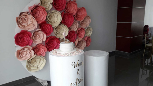decoración temática globos fondos palet redondo y cilindros