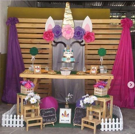 decoraciones, mobiliario vintage, estación de bebida, y más
