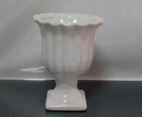 bb02dbad0 Vaso Decorativo Dourado Com Pedras no Mercado Livre Brasil