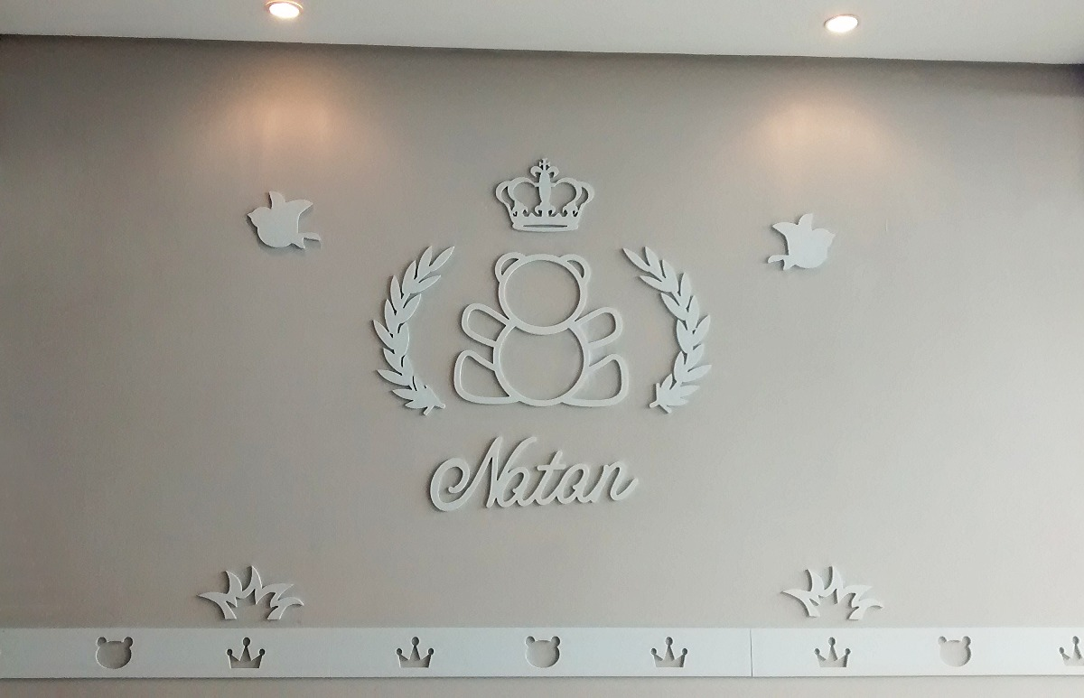 Decoração Urso Príncipe Princesa Coroa Quarto Bebê Mdf  R$ 162,75 em Mercado