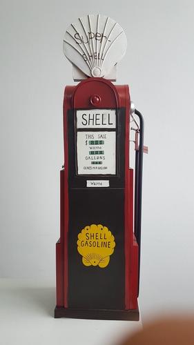 decoração vintage bomba de gasolina grande feita em metal